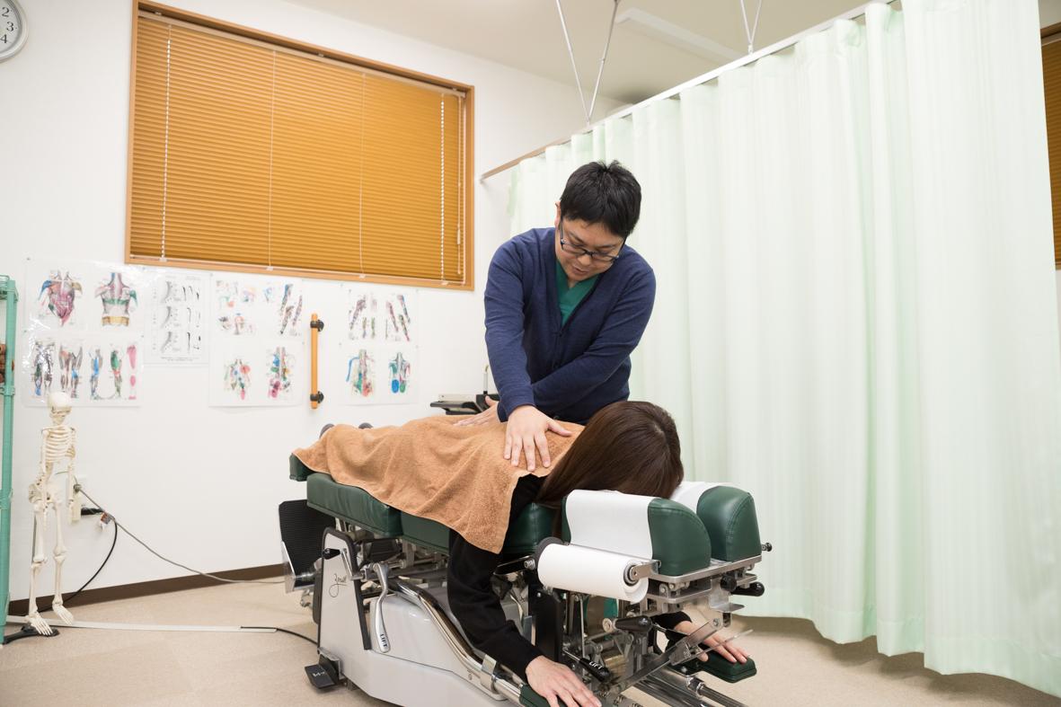 問診票を元に患者様の現在の症状に適した施術を行います